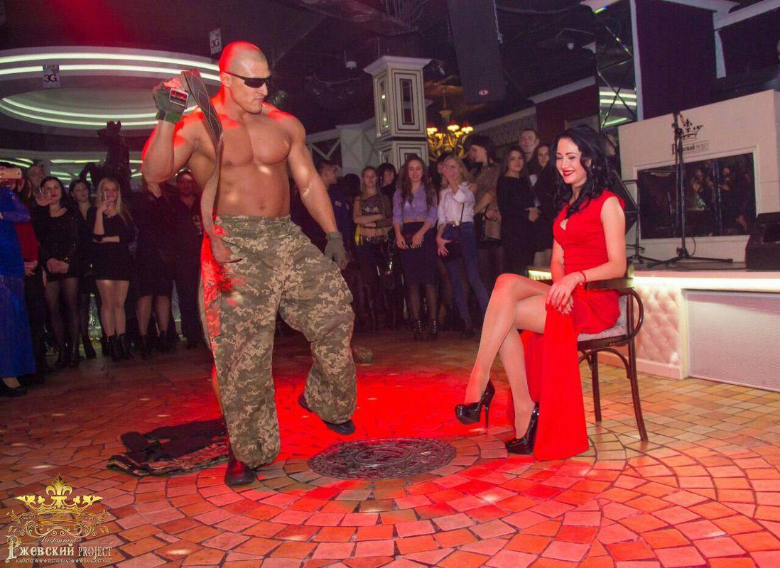 Зрелая жена домашнее видео оргазм: смотреть русское порно