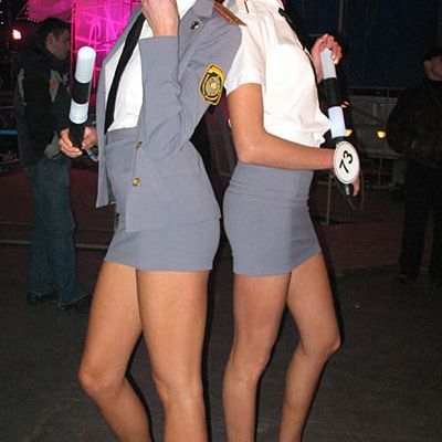 Police Open up 👮 Joke with striptease show - Photo 3