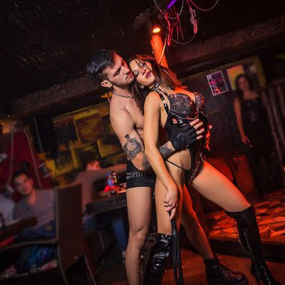 Erotic show Odesa ⮕ strippers Carolina - Photo 2