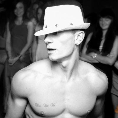 Men Strippers ➡️ in Lviv - order show Ray on hen party - Photo 1