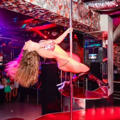 Female strippers Melani - Hire striptease Zaporizhzhya - Photo 2