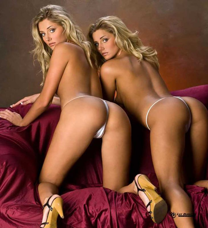 Sexy naked twins ass — pic 10